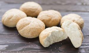 White Kaiser Buns w/ Sesame Seeds- Code#: BR0684