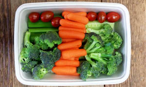 Organic Fresh Cut Mixed Snacking Vegetables- Code#: PP3201