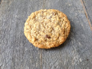 Oatmeal Raisin Cookies- Code#: DE8029