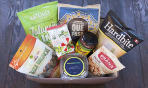 Savoury Delights Gift Basket- Code#: GB1000