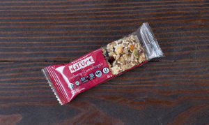 Organic Quebec Cranberry Carnival Food Bar- Code#: SN067