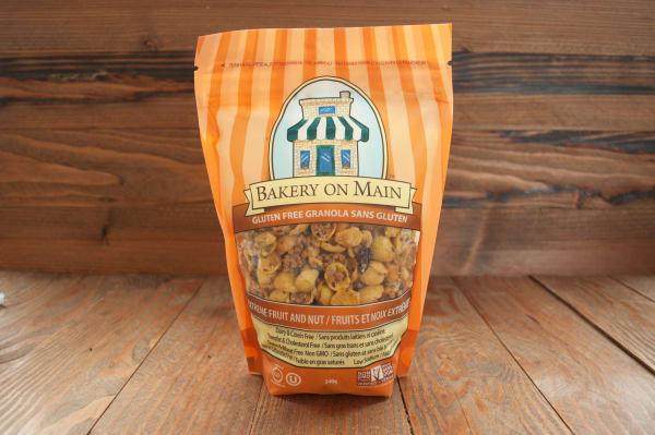 Extreme Nut & Fruit Granola