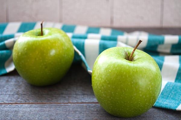 Local Organic Apples, Sweet Orin