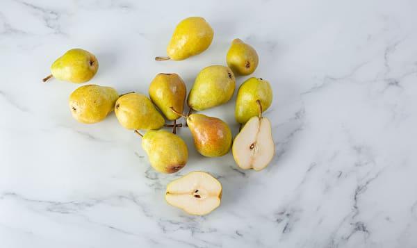 Local Organic Pears, Bagged Bartlett