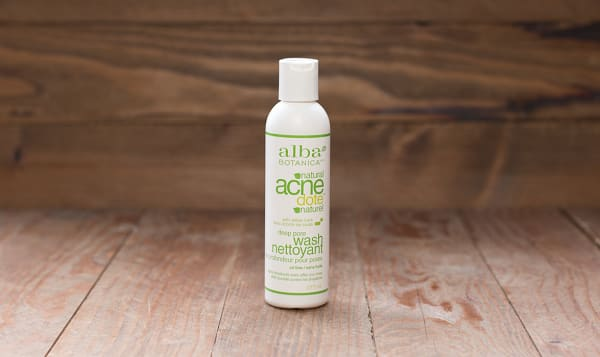 Acnedote Deep Pore Wash