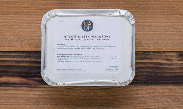 Bacon & Leek Macaroni & Cheese with Aged White Cheddar & Gruyere (Frozen)