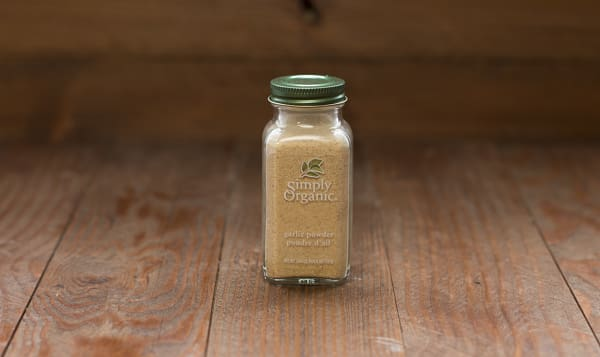 Organic Garlic Powder in Glass Bottle