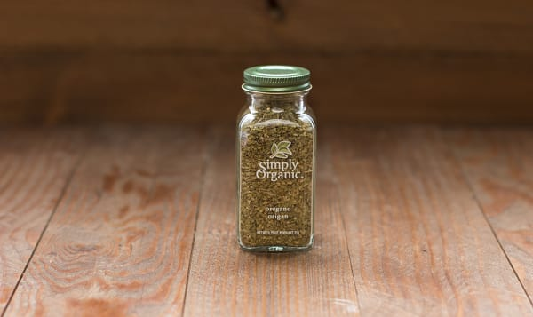Organic Oregano Leaf in Glass Bottle