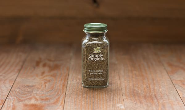 Organic Ground Pepper in Glass Bottle