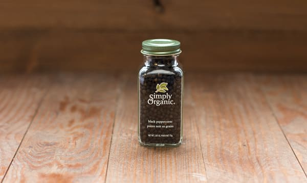 Organic Whole Black Peppercorns in Glass Bottle