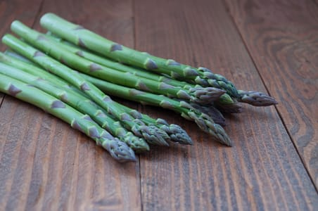Asparagus, Local (1 lb)- Code#: PR147624LCN