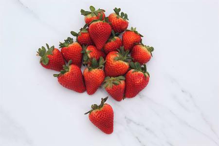 Local Strawberries, BC Grown- Code#: PR216689LCN