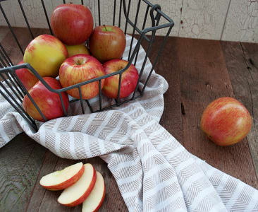 Organic Apples, Bagged Sunrise - Summer Apple- Code#: PR147623NPO