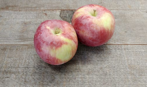 Local Organic Apples, Spartan - BC Grown- Code#: PR100017LCO