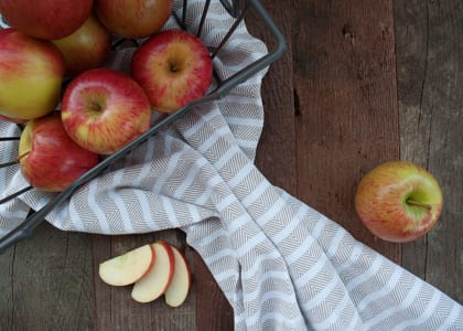 Local Organic Apples, Bagged Braeburn- Code#: PR191637LCO