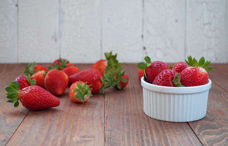 Local Organic Strawberries, BC Grown- Code#: PR216689LCO