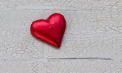 Organic Dark Chocolate Hearts- Code#: DE254