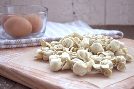 Roasted Garlic & Asiago Sacchettini- Code#: DN021