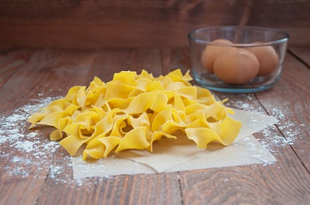 Broad Egg Noodles- Code#: DN069