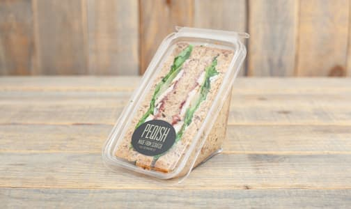 Festive Chicken Crancherry Sandwich- Code#: PM0694