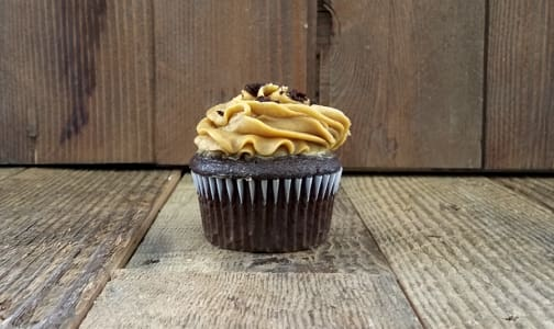 ChocolateCupcake with Salted Caramel Buttercream- Code#: DE3726