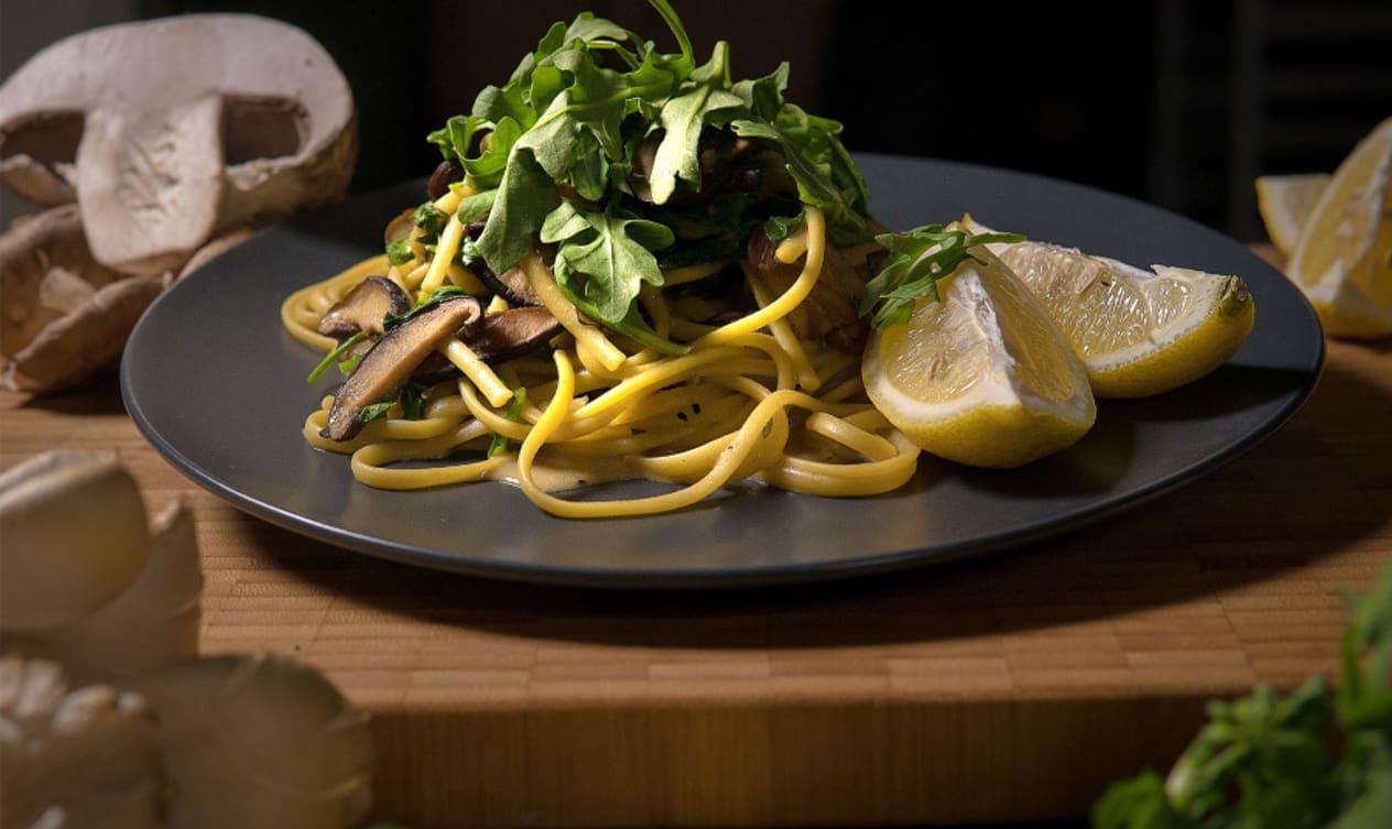 Creamy Vegan Linguine with Crispy Garlic Mushrooms