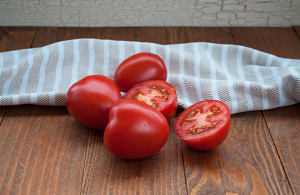 Local Tomatoes, Roma - BC or Organic MEX- Code#: PR100292LPN