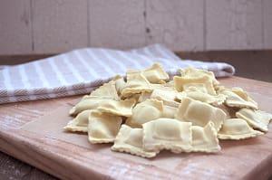 Spinach Ricotta Ravioli- Code#: DN343