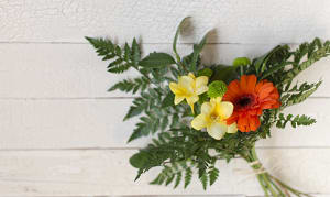 Fresh Cut Flowers- Code#: FF400