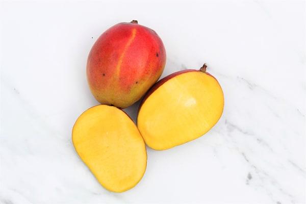 Organic Mangos, Tommy Atkins - or Kent