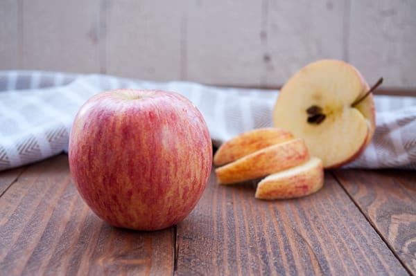 Organic Apples, Pinata - BC