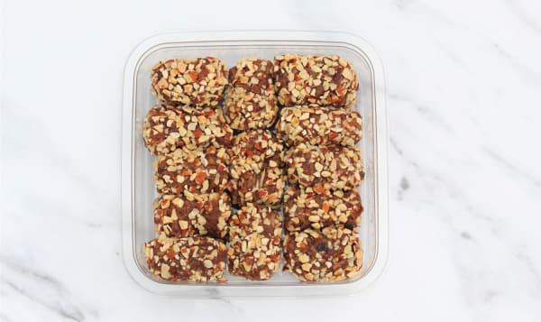 Organic Date & Almond Rolls
