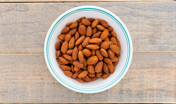Spicy Chili Pepper and Paprika Almonds
