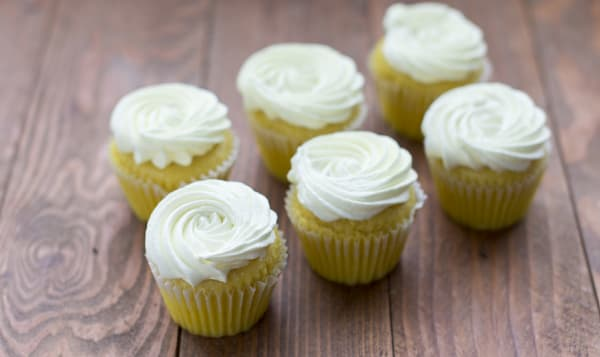 Vegan Lemon Cupcakes
