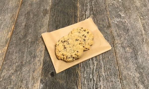 Milk Chocolate & Oatmeal Cookies