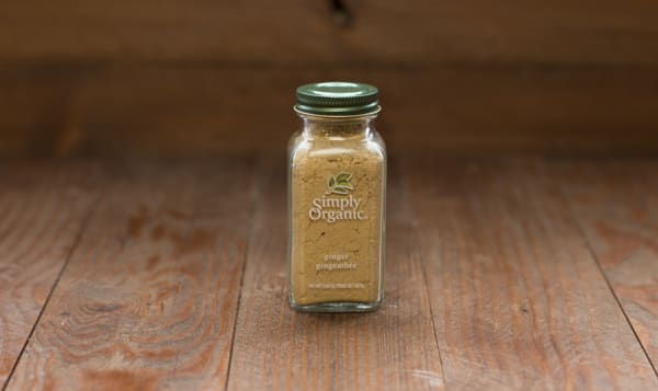 Organic Ground Ginger Root in Glass Bottle